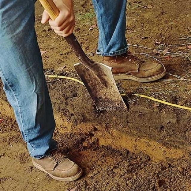 удаление верхнего слоя грунта