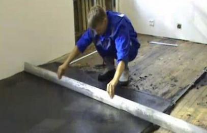 Как залить стяжку на деревянный пол: пошаговая инструкция