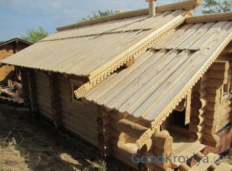 Преимущества крыши из теса