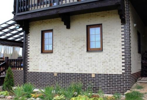 Декоративная отделка цоколя дома облицовочными материалами