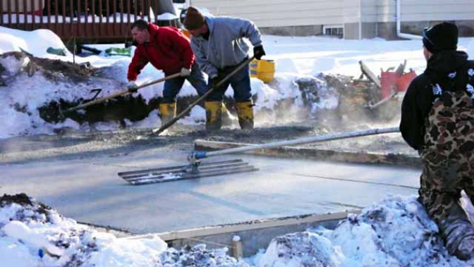 Можно ли бетонировать при морозе