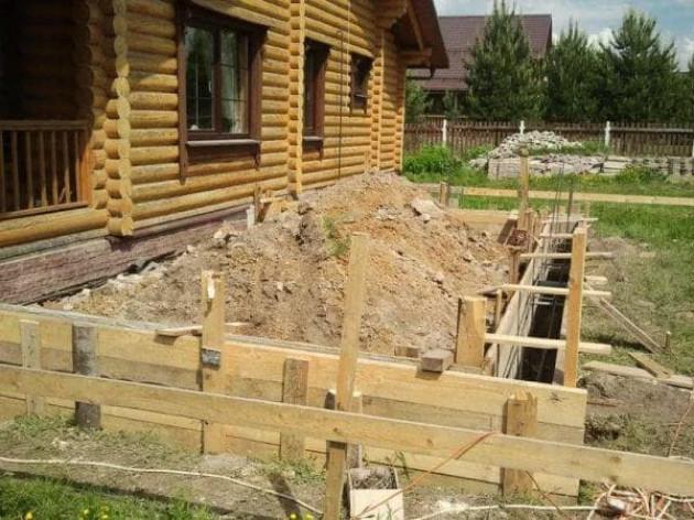 Для пристройки к деревянному дому