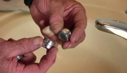 Плохо течет вода из смесителя (из крана) — почему вода плохо идет?