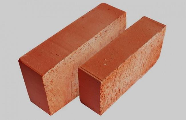 Делаем фундамент и выбираем кирпич для постройки печи
