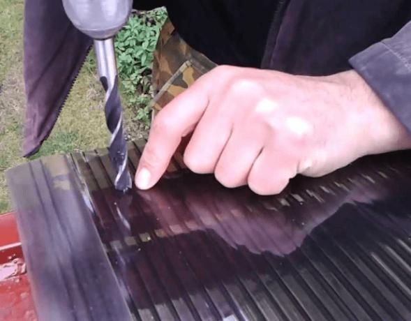Правила крепления поликарбонатных листов на навес