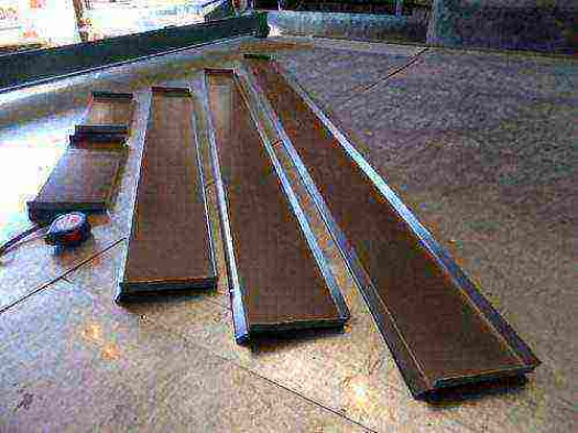 Изготовление прямых участков стального отлива