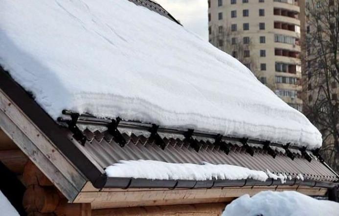 Что такое снегозадержатель?