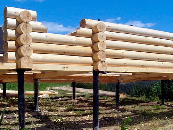 Фундамент на винтовых сваях для деревянного дома или бани