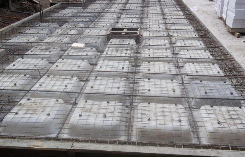 Особенности сооружения монолитных кессонных перекрытий