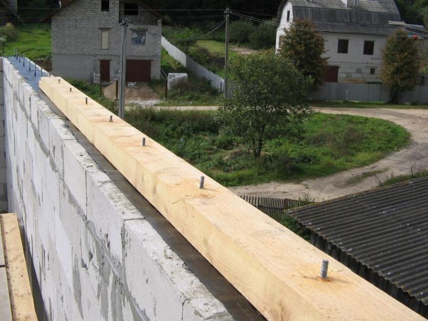 Технологии монтажа четырёхскатной крыши