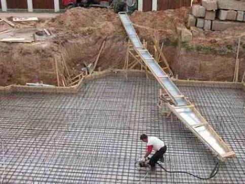 Δ Фундамент готов, делаем цоколь дома.