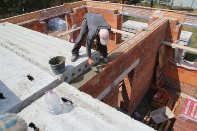 Технология установки плиты перекрытия