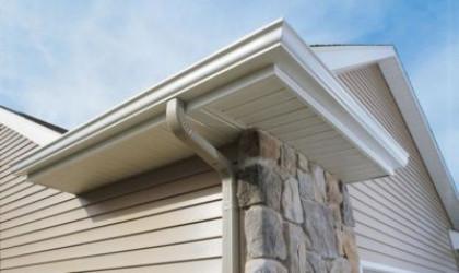 Как обшить свесы крыши сайдингом