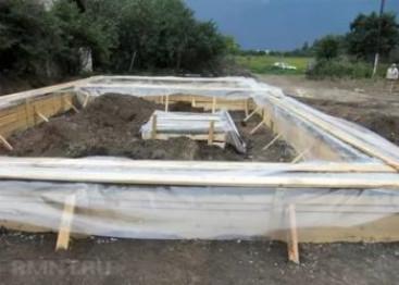 За какое время схватывается и сколько сохнет бетонный фундамент
