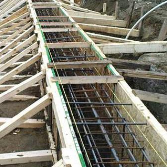 Как сделать фундамент для дома из бруса своими руками: (с видео)