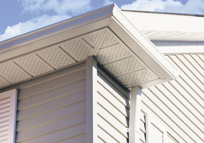 Почему нужно подшивать крыши?