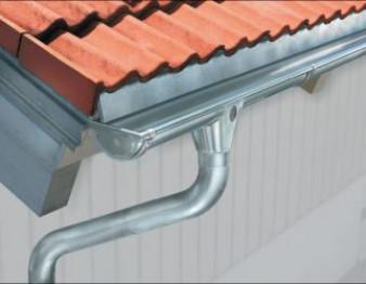 Монтаж металлической водосточной системы – инструкция