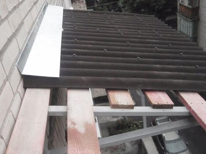 Материалы для балконной крыши