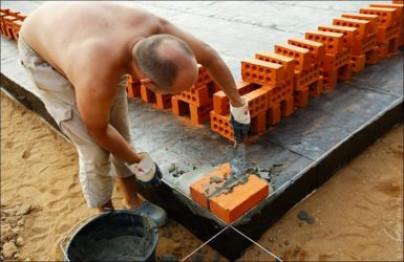 Выравнивание фундаментов кирпичом
